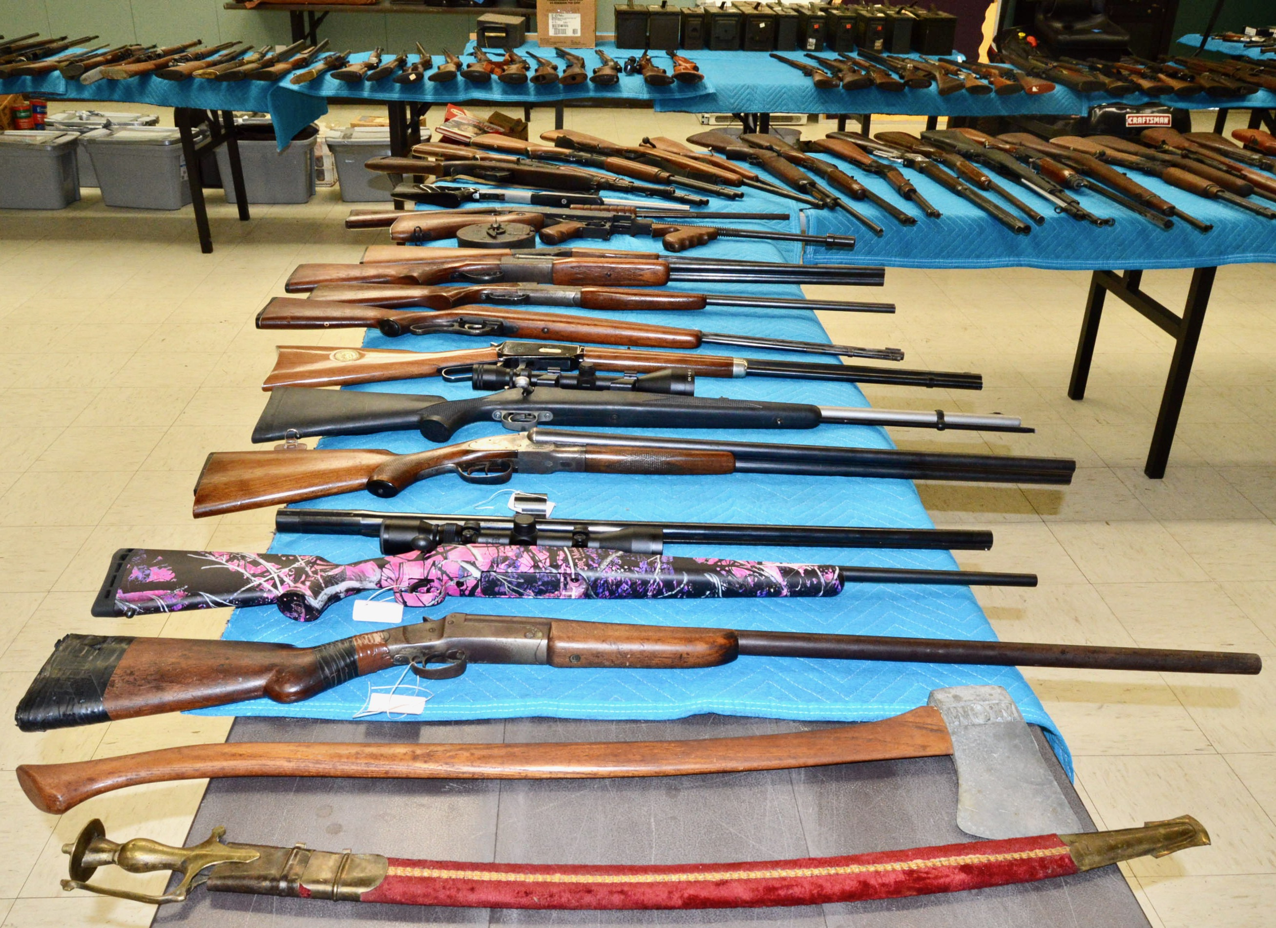 Gun Row 3