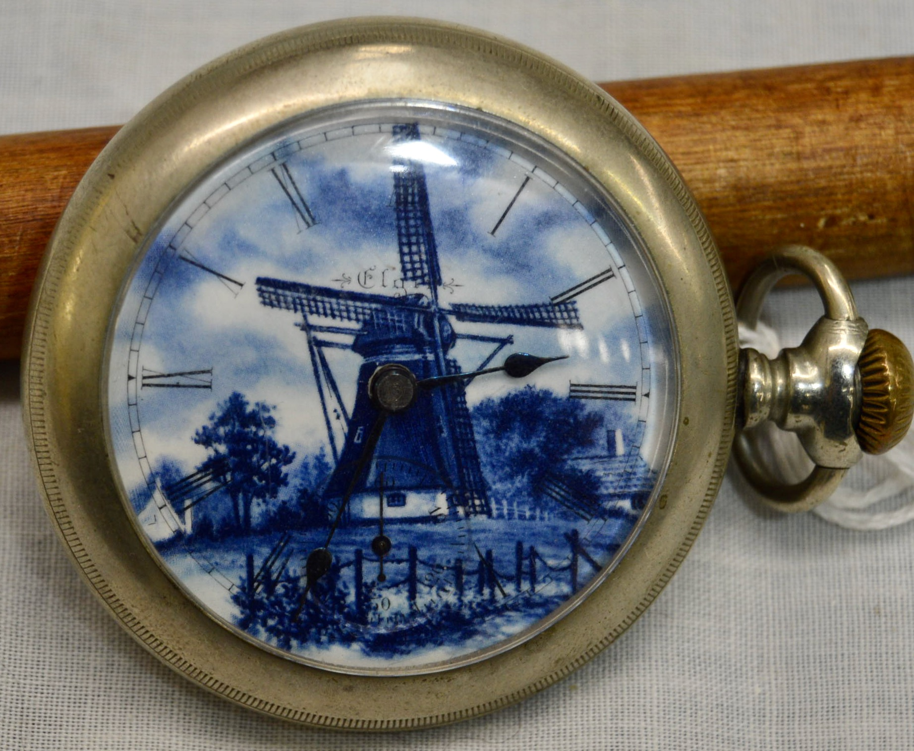 Watch Delft